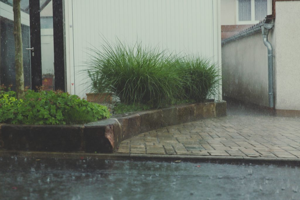 Thunderstorms that can cause large amounts of indoor flooding to your home